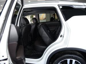 2017款235T 自动两驱尊贵版 后排座椅放倒