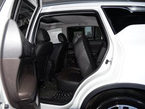 2017款235T G-DCT两驱豪华版 后排座椅放倒
