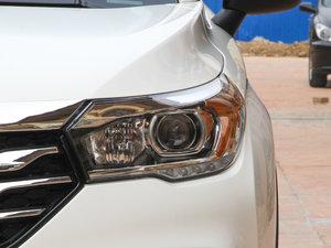 2017款200T 手动两驱精英版 头灯