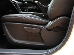 2017款200T 手动两驱精英版 座椅调节