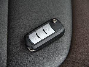 2017款200T 手动两驱精英版 钥匙
