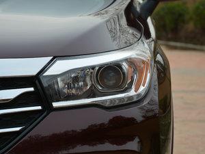 2017款200T 手动两驱舒适版 头灯