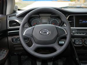 2017款200T 手动两驱舒适版 方向盘
