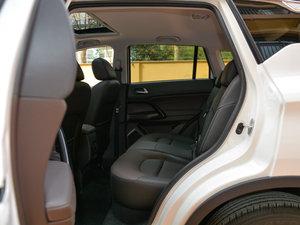 2017款200T 手动两驱豪华版 后排空间