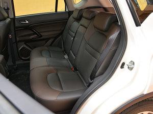 2017款200T 手动两驱豪华版 后排座椅