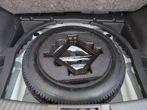 2017款200T 手动两驱豪华版 备胎