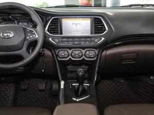 2017款235T 手动两驱豪华版 中控台