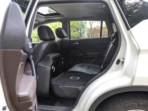2017款235T 自动四驱豪华智联版 后排座椅放倒