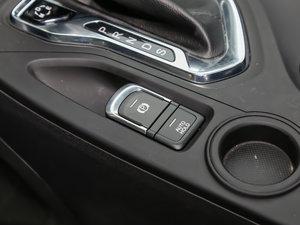 2017款235T 自动四驱豪华智联版 驻车制动器