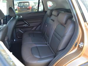 2017款235T 自动两驱精英版 后排座椅