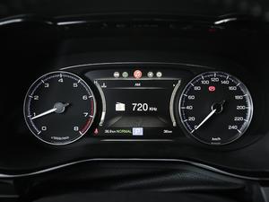2018款320T 尊贵版 仪表