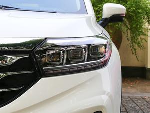 2018款235T 自动两驱至尊版 头灯