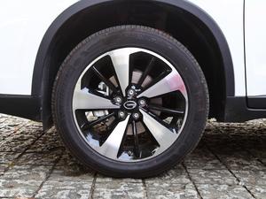 2018款235T 自动两驱至尊版 轮胎