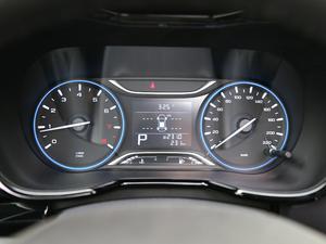 2018款235T 自动两驱至尊版 仪表