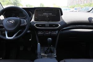 2018款235T 手动两驱豪华版 中控台