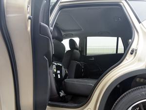 2018款235T 自动两驱豪华智联版 后排座椅放倒
