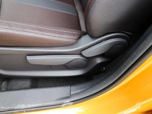 2018款200T G-DCT 两驱精英版 座椅调节