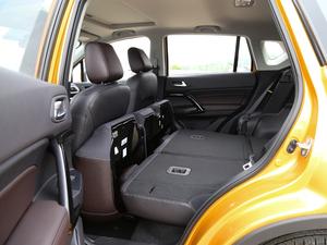 2018款200T G-DCT 两驱精英版 后排座椅放倒