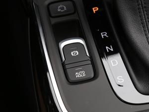 2018款235T 自动两驱精英版 驻车制动器
