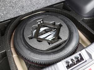 2018款235T 自动两驱精英版 备胎