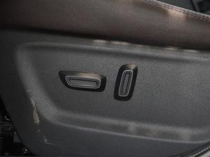 2018款235T 自动两驱豪华智联版 座椅调节