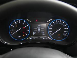 2018款235T 自动两驱豪华智联版 仪表
