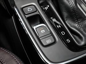 2018款235T 自动两驱豪华智联版 驻车制动器