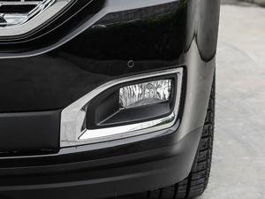 2018款6.2L DENALI至尊版 4WD 雾灯