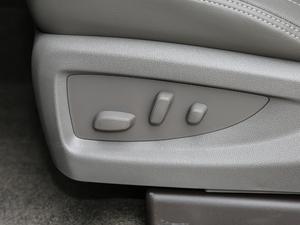 2018款6.2L DENALI至尊版 4WD 座椅调节