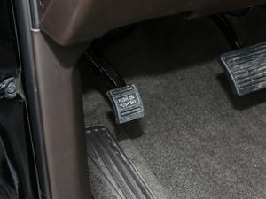 2018款6.2L DENALI至尊版 4WD 驻车制动器