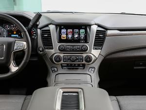 2018款6.2L DENALI至尊版 4WD 中控台