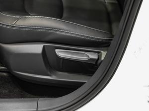 2019款EV400 尊享型 座椅调节