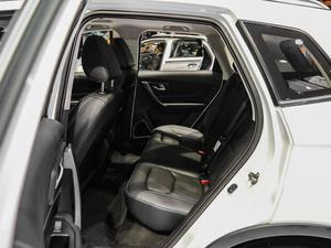 2019款EV400 尊享型 后排空间