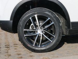 2017款1.6L 自动尊贵型 轮胎