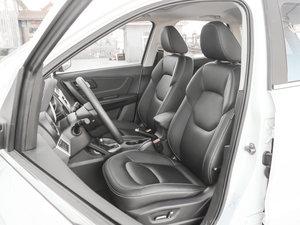 2017款1.6L 自动尊贵型 前排座椅