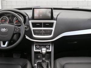 2017款1.6L 自动尊贵型 中控台