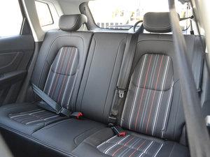 2017款1.6L 手动豪华型 后排座椅