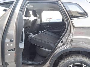 2017款1.6L 手动豪华型 后排座椅放倒