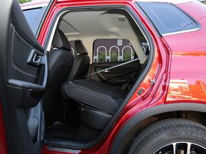 2017款1.6L 自动尊贵致酷型 后排座椅放倒