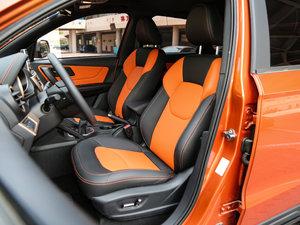 2017款1.6L 手动尊贵型 前排座椅