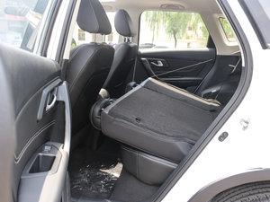 2017款1.6L 手动尊享型 后排座椅放倒