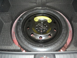 2017款1.6L 手动舒适型 备胎