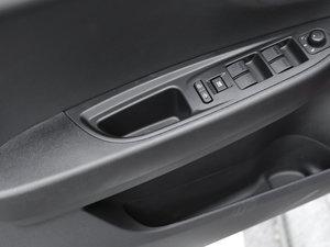 2017款1.4T 自动20周年纪念版 车门储物空间