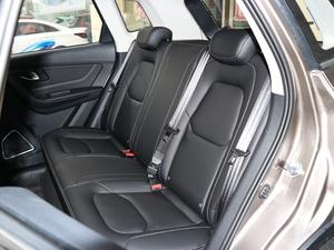 2018款网红版 1.6L 自动豪华型 后排座椅