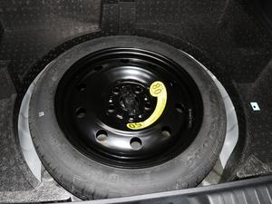 2018款网红版 1.6L 自动豪华型 备胎