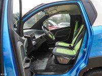 空间座椅宝骏E100前排空间