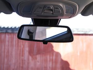 2019款1.5T CVT尊贵型 车内后视镜