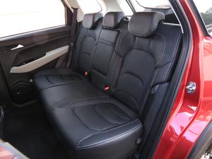 2019款1.5T CVT尊贵型 后排座椅