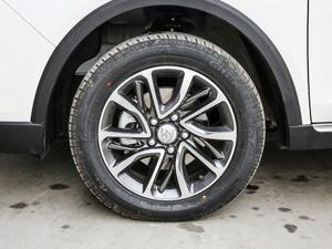 2019款1.5T DCT时尚型 轮胎
