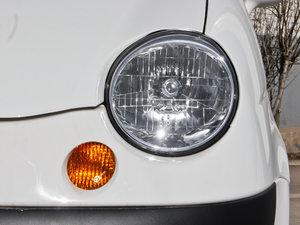 2012款改款 1.0L 手动P-TEC优越版 头灯